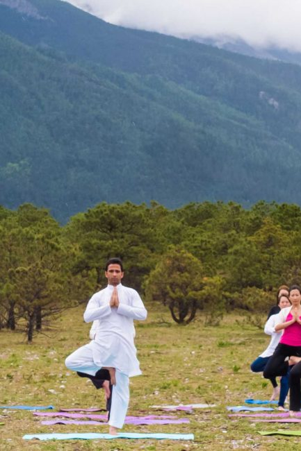 5 Yoga Retreats In Rishikesh