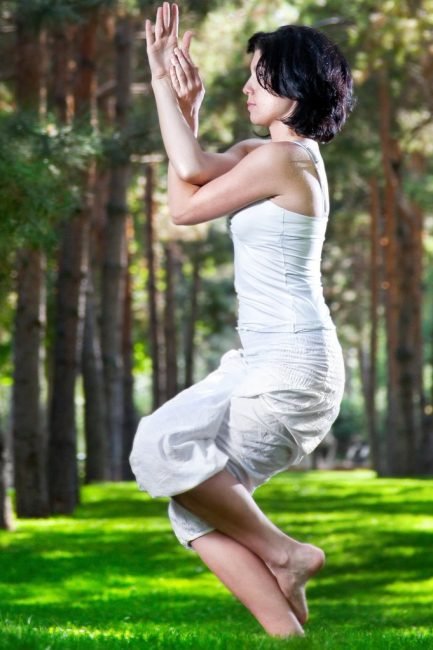 5 Best Yoga Poses For Women