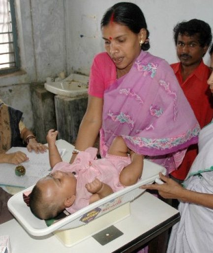 2.6 Crore Live Births a Year, and Modi's Maternity Scheme Reached Less Than a Lakh Women in 2017