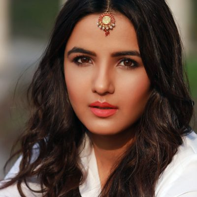 Indian TV Actress Jasmin Bhasin Talks About Fitness, Diet Rituals & Her Love For Acting!