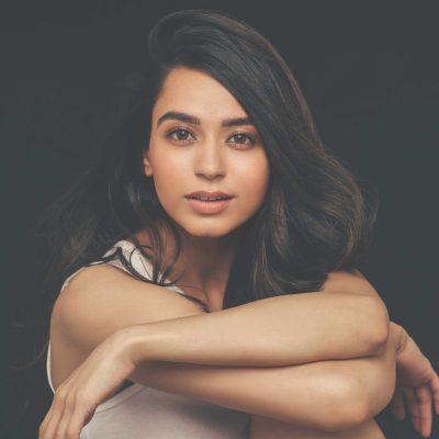 Debutante Soundarya Sharma Kick Starts Her Bollywood Dream