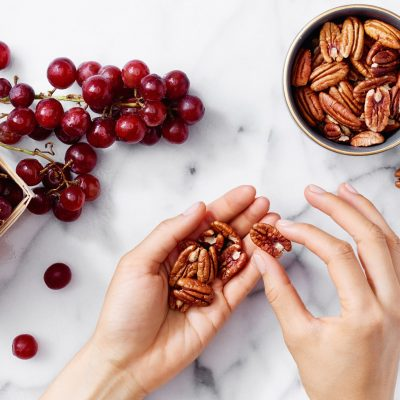 8 Tips To Eat Sweets Without Sabotaging Your Weight Loss Goals