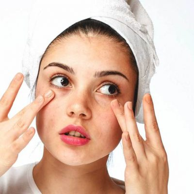 Increasing Skin's Ability To Retain Moisture