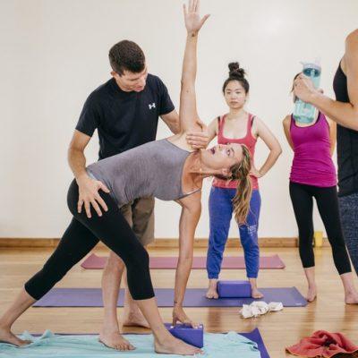 Top 10 To Choosing A Yoga Guru