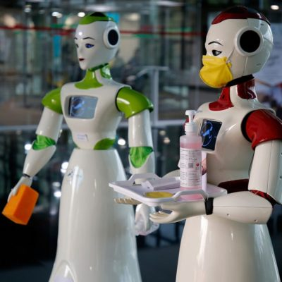 IIT researchers developing robots to deliver food, medicines to patients in isolation wards