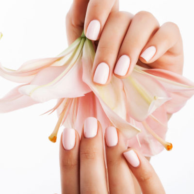 Steps to Perfect Water-Free Manicure at Home