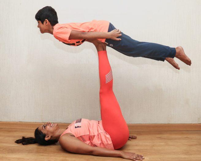 partner_yoga