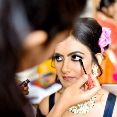 """""""Less is More"""": Monsoon Make-up Tips"""
